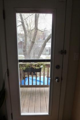 WIndow Installed in Door by SET For Design